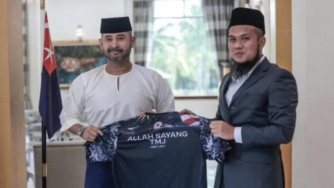TMJ Hadiahkan RM200 Ribu Untuk Misi Bantuan Ustaz Ebit Lew, Umrah Kembara Johor